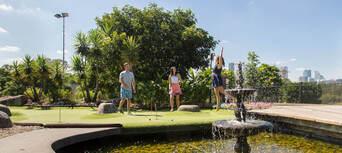 Victoria Park 18 Holes Mini Golf Thumbnail 6