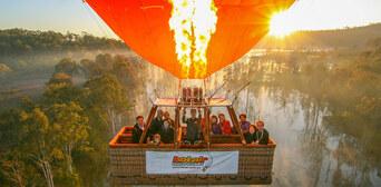Gold Coast Hot Air Balloon Flight with Breakfast and FREE Photo Thumbnail 4