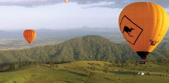 Gold Coast Hot Air Balloon Flight with Breakfast and FREE Photo Thumbnail 5