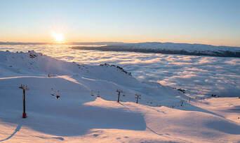 Winter Sightseeing Alpine Gondola Ride Thumbnail 3