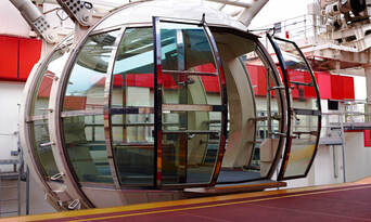 Melbourne Star Observation Wheel Private Cabin Thumbnail 5