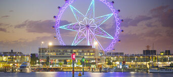 Melbourne Star Observation Wheel Fly And Dine Thumbnail 3