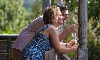 Picnic at the Feathertop Winery Thumbnail 4
