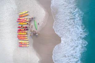 Byron Bay Dolphin Kayaking Tour Thumbnail 2