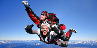 Queenstown Tandem Skydive 12,000ft Thumbnail 6