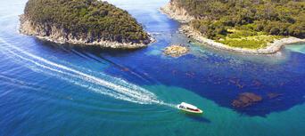 Wineglass Bay Cruises Including Sky Lounge Thumbnail 6