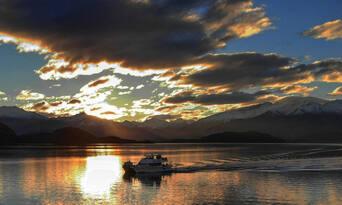 Happy Hour Cruise Lake Wanaka Thumbnail 1