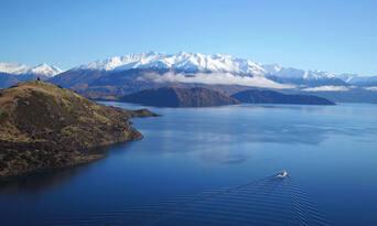 Happy Hour Cruise Lake Wanaka Thumbnail 6
