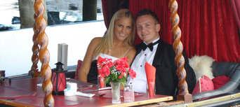 Gold Coast Romantic Gondola Cruise for Two Thumbnail 4