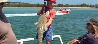 Noosa Fishing and Crab Tours Thumbnail 2