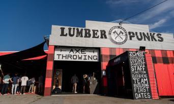 Lumber Punks Axe Throwing Gold Coast Thumbnail 1