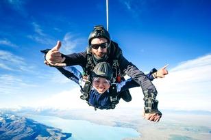 Skydive Abel Tasman 20,000ft Thumbnail 1