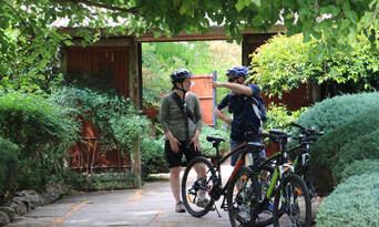Adelaide City and Parks Bike Tour Thumbnail 4