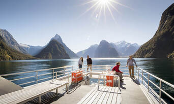 Milford Sound Cruise with Underwater Observatory Thumbnail 6