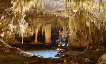 Guided Lake Cave Margaret River Tour Thumbnail 2