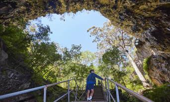 Guided Lake Cave Margaret River Tour Thumbnail 4