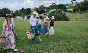 Printhie Wines Picnic And Guided Wine Tasting Tour Thumbnail 6
