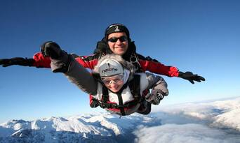 Queenstown Tandem Skydive 9,000ft Thumbnail 2