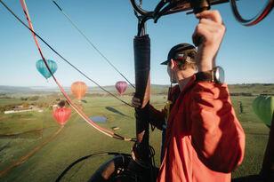 Sunrise Balloon Flight in Mansfield Thumbnail 2