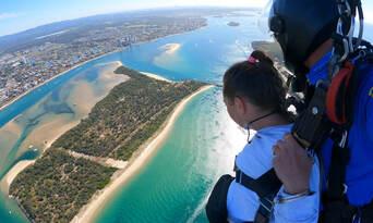 Heli Tandem Skydive Surfers Paradise Thumbnail 1