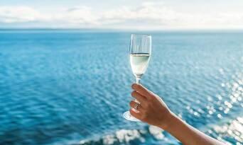 Gold Coast Champagne Breakfast Cruise Thumbnail 2