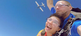 Sydney Skydiving (from Picton) - 14,000ft Thumbnail 1