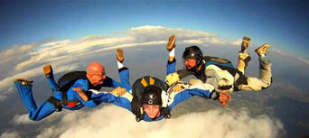 Sydney Skydiving (from Picton) - 14,000ft Thumbnail 2