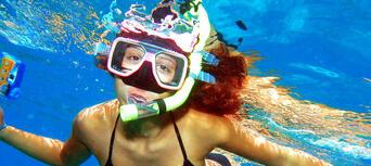 Great Barrier Reef Cruise to Reef Magic Cruises Pontoon Thumbnail 4