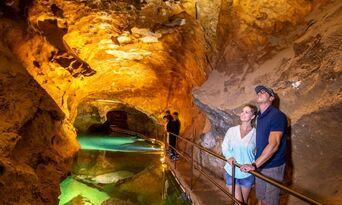 Jenolan Caves Orient Cave Tour Thumbnail 4