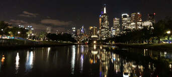 Melbourne City 2 hour Sightseeing Cruise Thumbnail 2