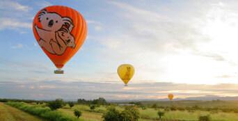 Port Douglas Classic Hot Air Balloon Flight Thumbnail 1