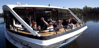 Perth and Fremantle Morning Tour with Optional River Cruise Thumbnail 1