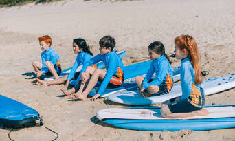Main Beach Surfing Lessons Thumbnail 2