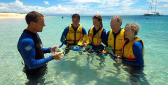 Michaelmas Cay Sailing Cruise Thumbnail 1