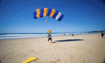 Noosa Tandem Skydive up to 15,000ft Thumbnail 6