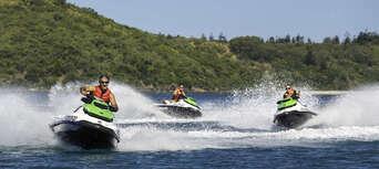1.5 Hour Jet Ski Tour of Airlie Beach & Pioneer Bay Thumbnail 4