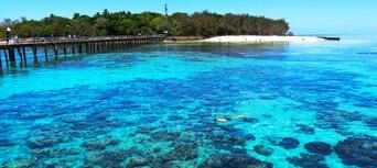 Green Island Full Day Trip + Snorkelling & Glass Bottom Boat Thumbnail 4