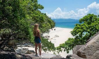 Fitzroy Island Full Day Trip Thumbnail 2