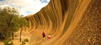Wave Rock Day Tour from Perth Thumbnail 1
