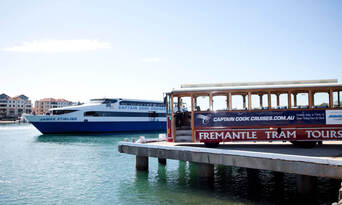 Swan River Lunch Cruise with Fremantle Sightseeing Tram Tour Thumbnail 3