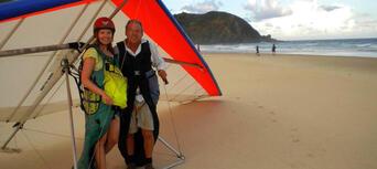 Byron Bay Tandem Hang Gliding Experience Thumbnail 3