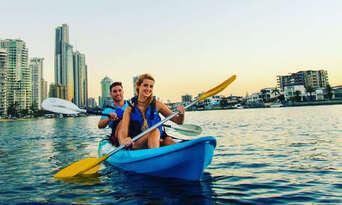 Surfers Paradise Sunset Kayaking Tour Thumbnail 4