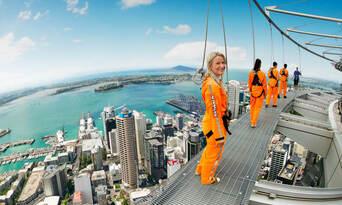 Auckland Sky Tower SkyWalk and SkyJump Combo Thumbnail 6