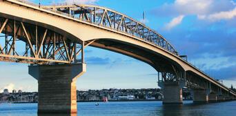 Auckland Half Day City Sights Tour Thumbnail 2
