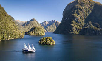 Doubtful Sound Wilderness Cruise from Manapouri Thumbnail 2