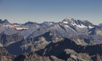Milford Sound Scenic Flight and Cruise Package from Queenstown Thumbnail 5