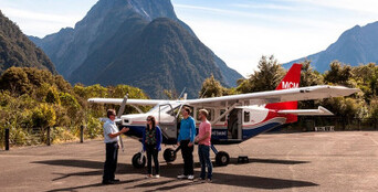 Milford Sound Scenic Flight and Cruise Package from Queenstown Thumbnail 1