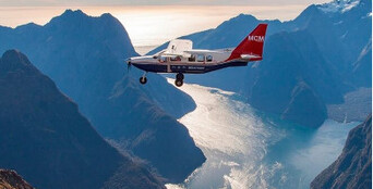 Milford Sound Scenic Flight from Queenstown Thumbnail 1