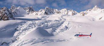 Fox & Franz Josef Glaciers and Mount Cook 40 minute Helicopter Flight Thumbnail 6