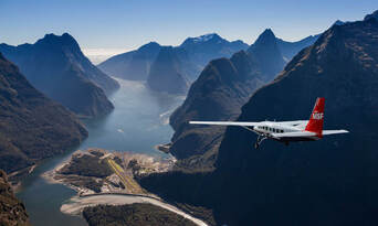 Milford Coach Cruise and Fly Combo from Queenstown Thumbnail 5